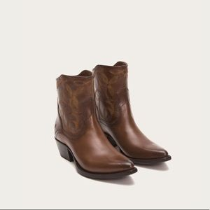 Frye Shane Embroidered Western Boots